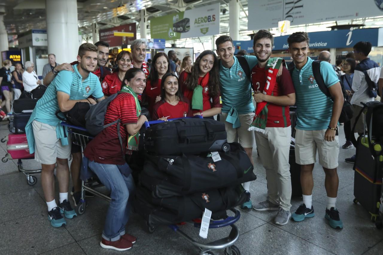 Vice-campeões europeus sub-19 chegam a Portugal confiantes no futuro ... 09da1c80474f9