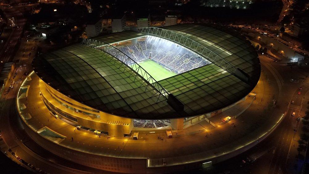 3a920d132d Estádio do Dragão candidato a receber Supertaça Europeia de 2020 ...