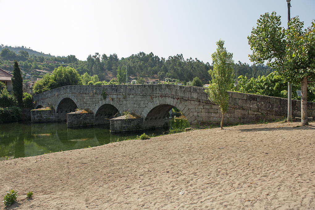 Ponte de Fundo de Rua (2)