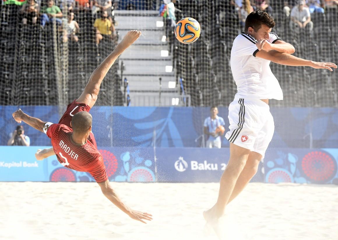 edd1792135 O golo do português Madjer frente à Suíça foi considerado o melhor do  Mundial de futebol de praia