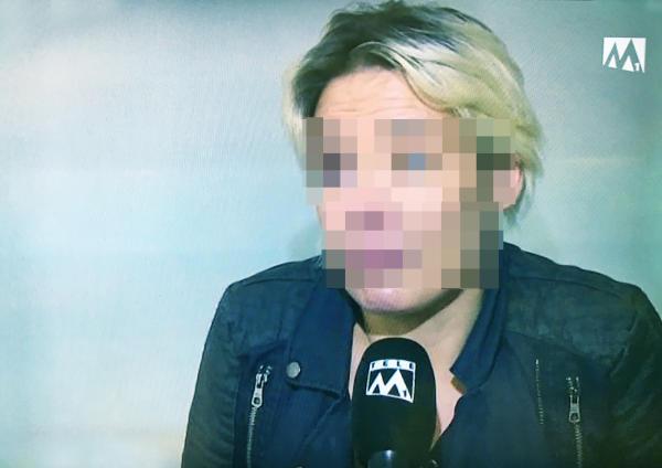Tierquäler Die Ehefrau Carla S. erklärt, weshalb ihr Mann in Aarburg die beiden Hunde brutal in der Aare ersäuft hat. Bild: Tele M1
