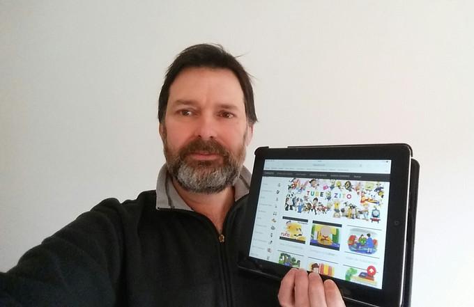 João Pina Souza é o autor do site Tubezito