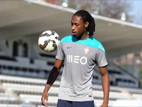 O defesa Rúben Semedo foi a única ausência no treino desta quarta-feira da  seleção portuguesa de sub-21 34e433bee9729
