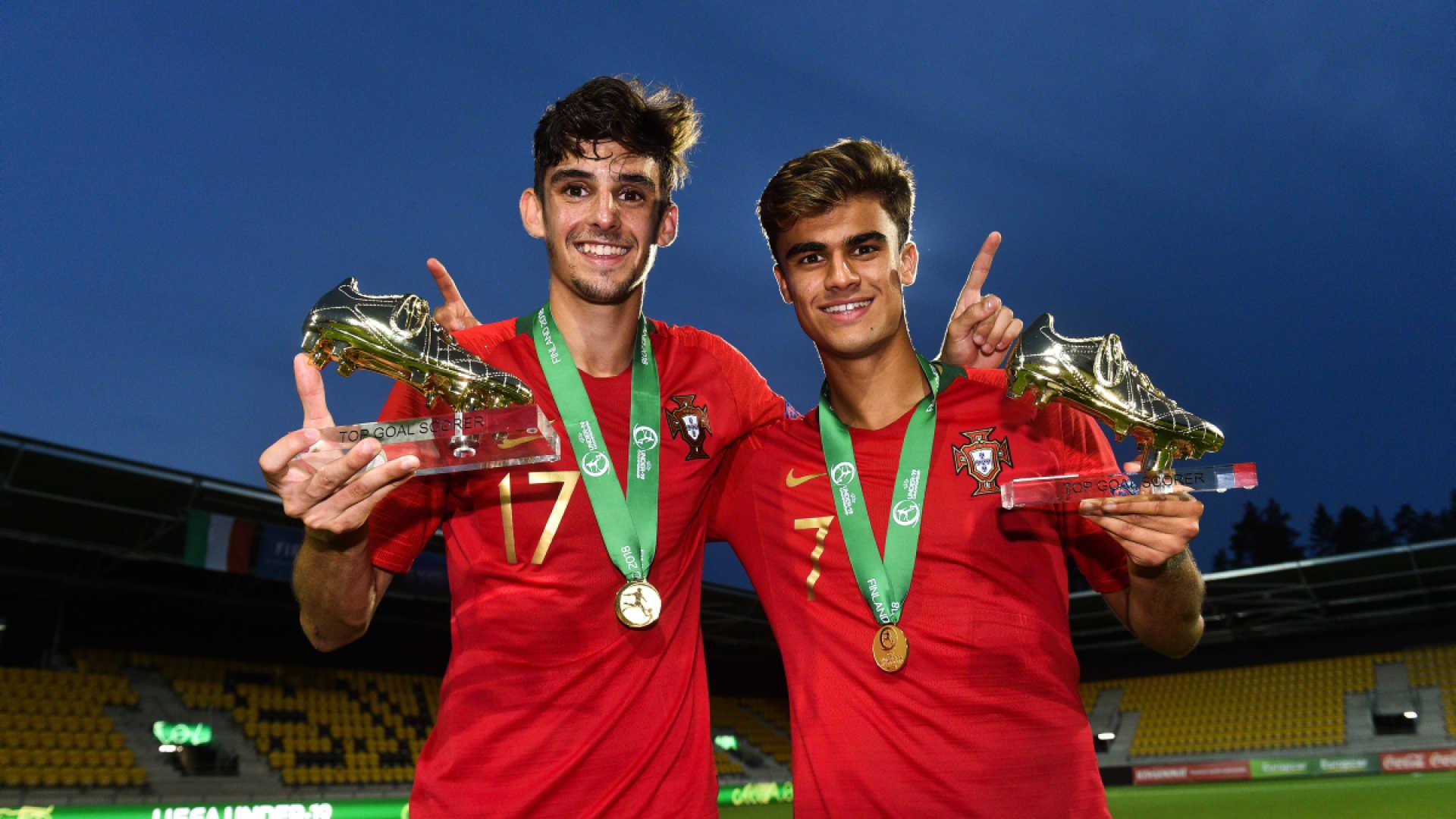 Os espanhóis do jornal As destacam os dez jovens que brilharam no Europeu  de sub-19 e quatro são portugueses. Jota 3c7fb34b09285